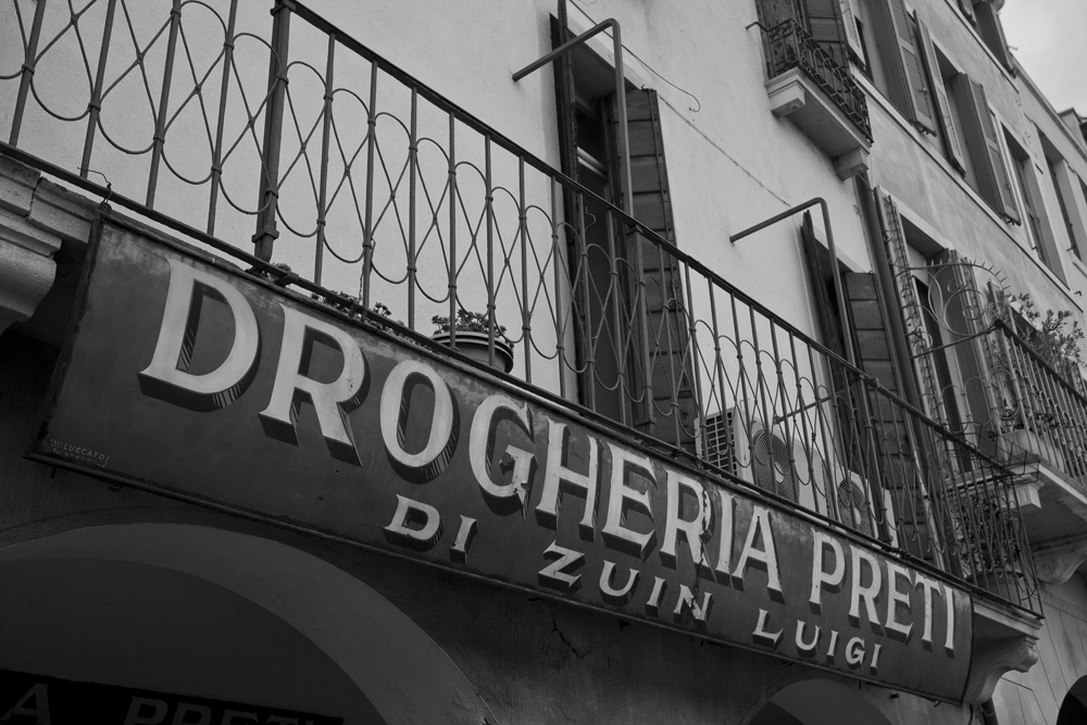 Padua---Drogueria