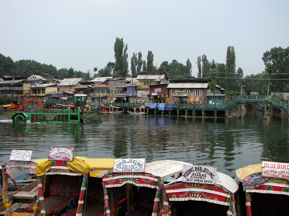 Paseos-turísticos-por-los-canales