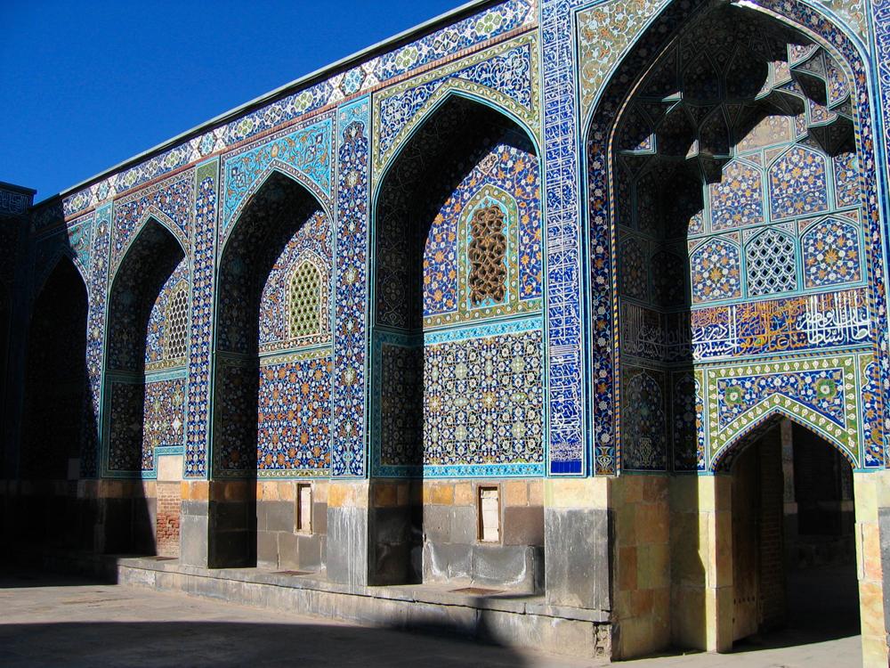 Patio-Mausoleo-Sheikh-Safi-od-Din-de-Ardabi-IIl