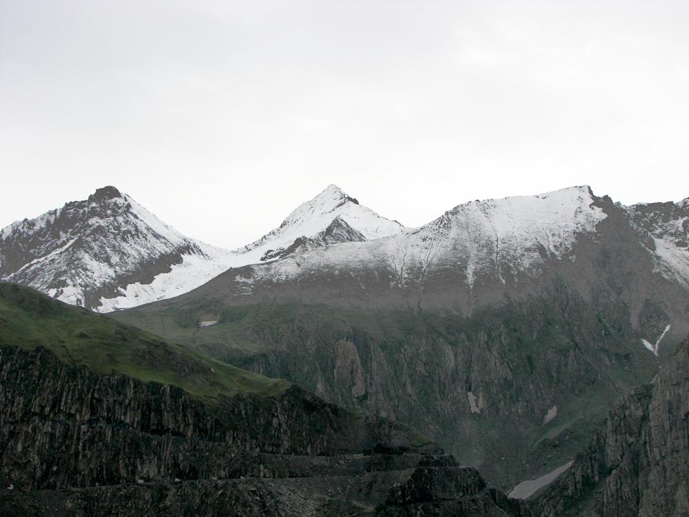 Picos-nevados-en-Cachemira