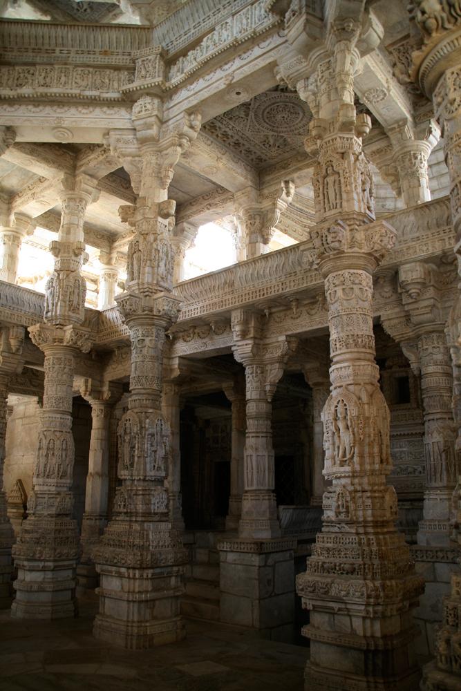 Pilares-de-un-templo