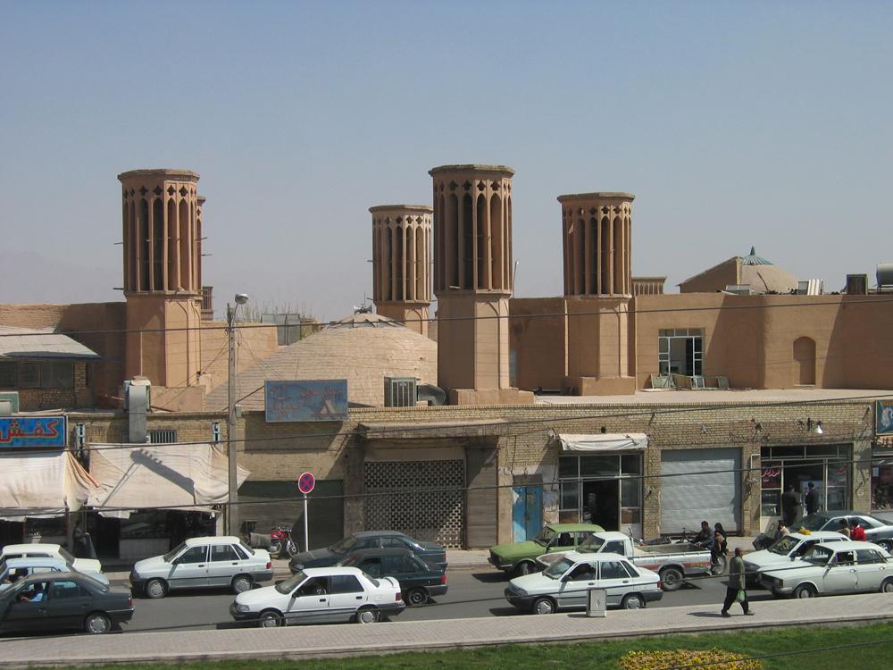 Plaza-de-Amir-Chakhmaq