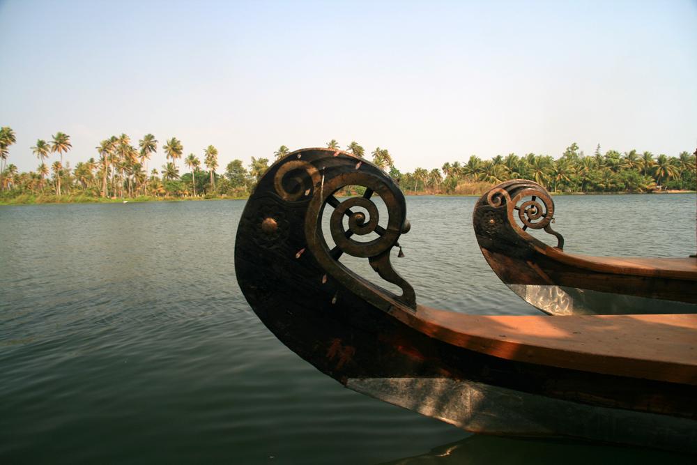 Proas-de-embarcaciones