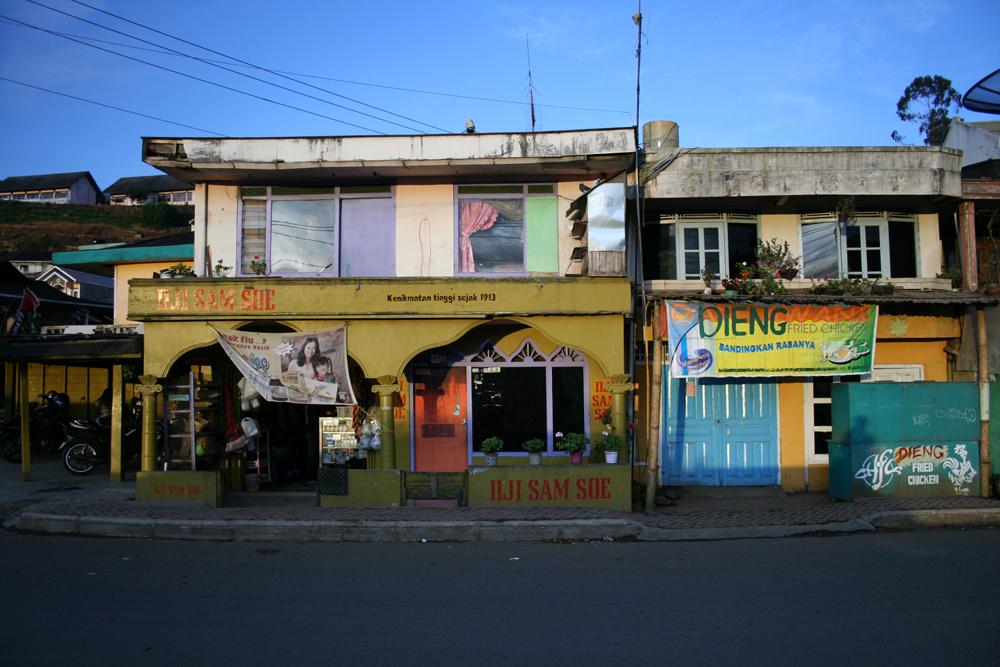 Pueblo-de-Dieng-II