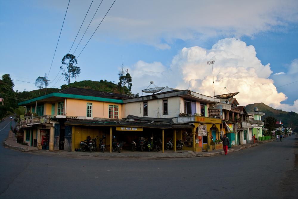 Pueblo-de-Dieng-III