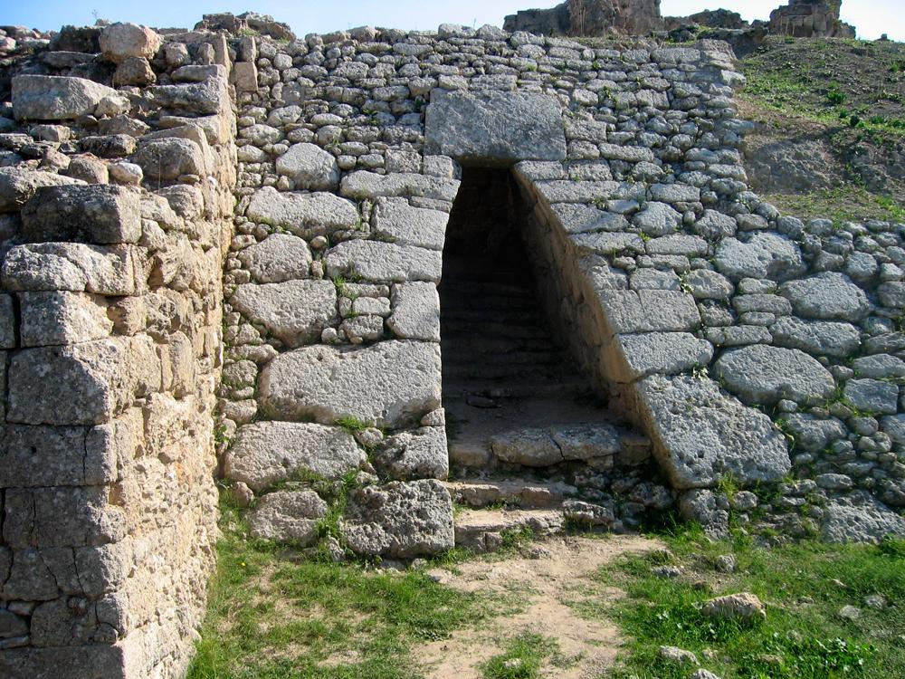 Puerta-de-acceso-a-Ugarit