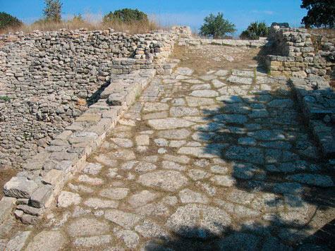 Rampa-de-entrada-a-Troya