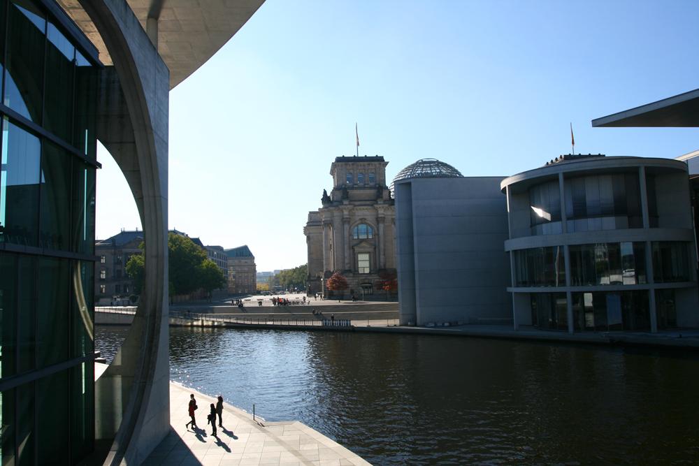 Reichstag-III-(Cancillería)