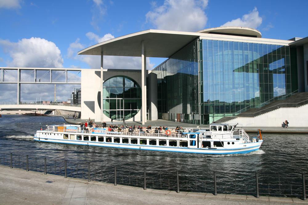 Reichstag-VI-(Cancillería)