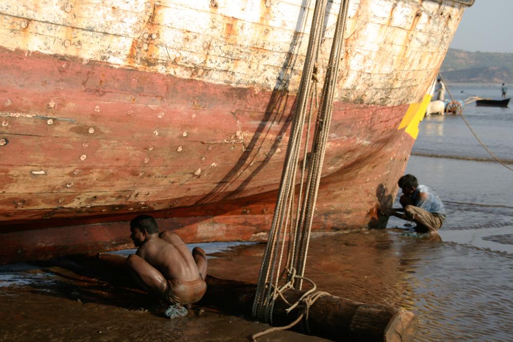 Reparando-un-barco