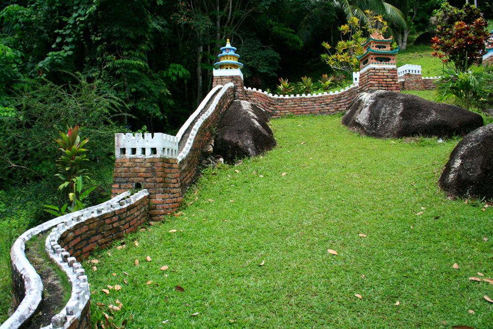 Representación-de-la-muralla-china-en-el-templo-de-Foo-Ling