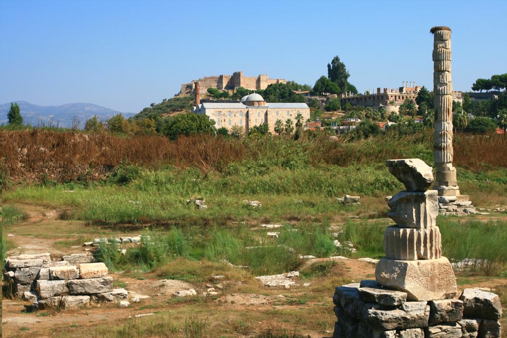 Restos-del-templo-de-Artemisa