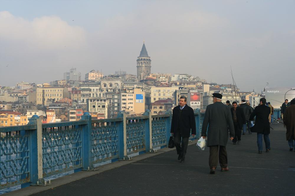 Sobre-el-puente-de-Galata
