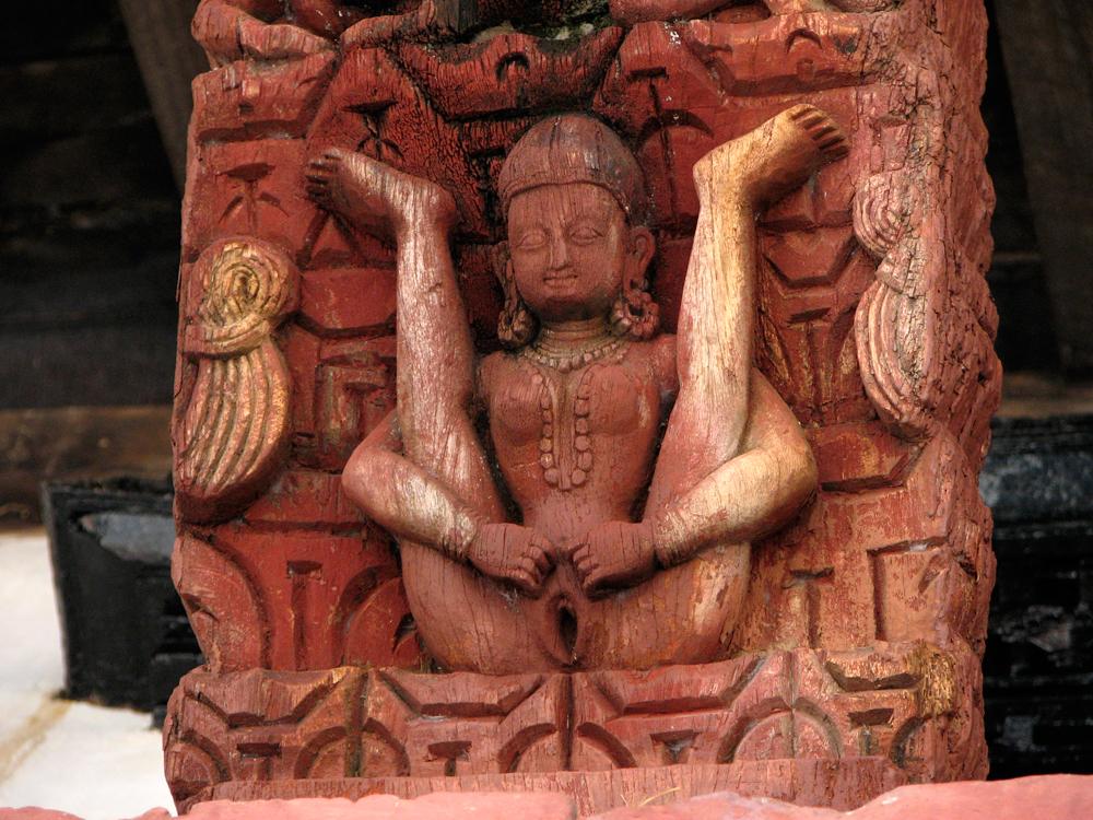 Talla-erótica-en-el-Templo-Kumari