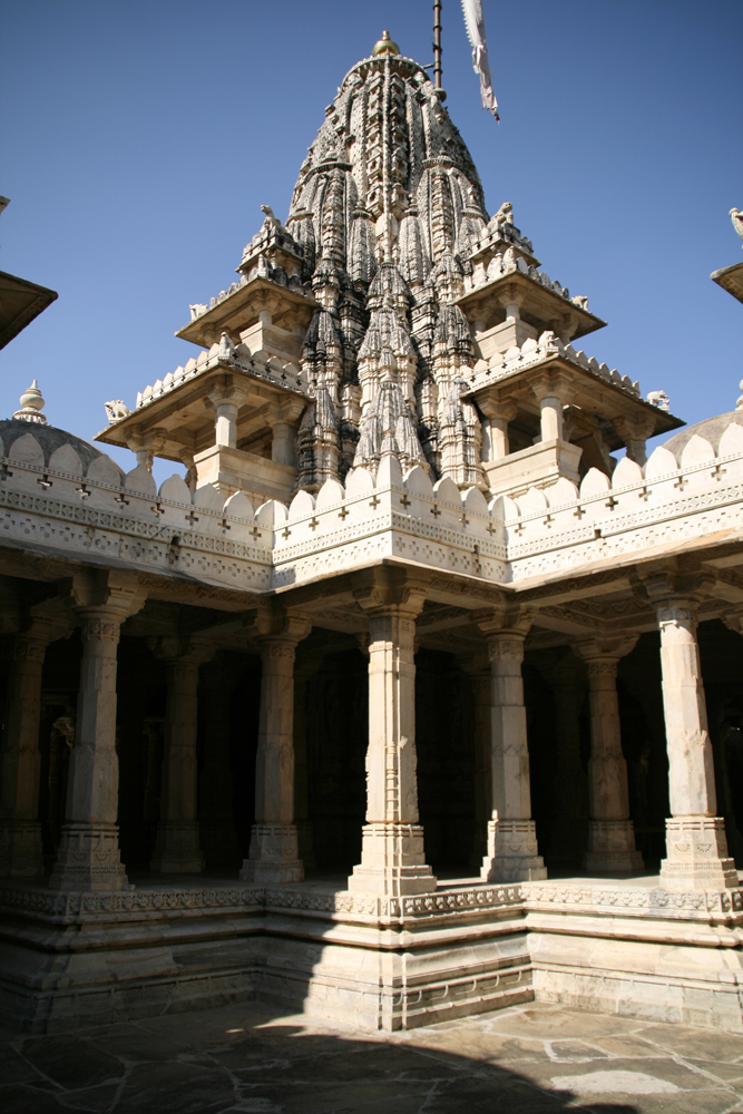 Templo-de Chaumukha III
