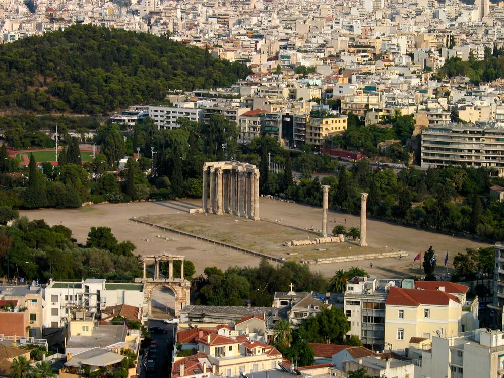 Templo-de-Zeus-Olímpico-y-Puerta-de-Adriano