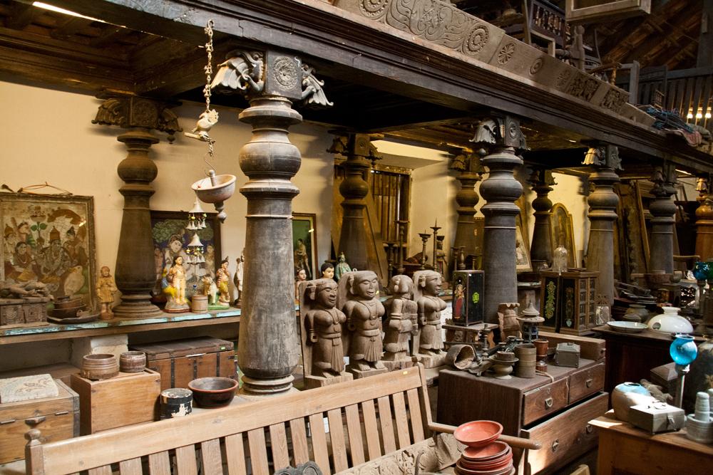 Tienda-de-muebles-coloniales-y-antiguedades-IV
