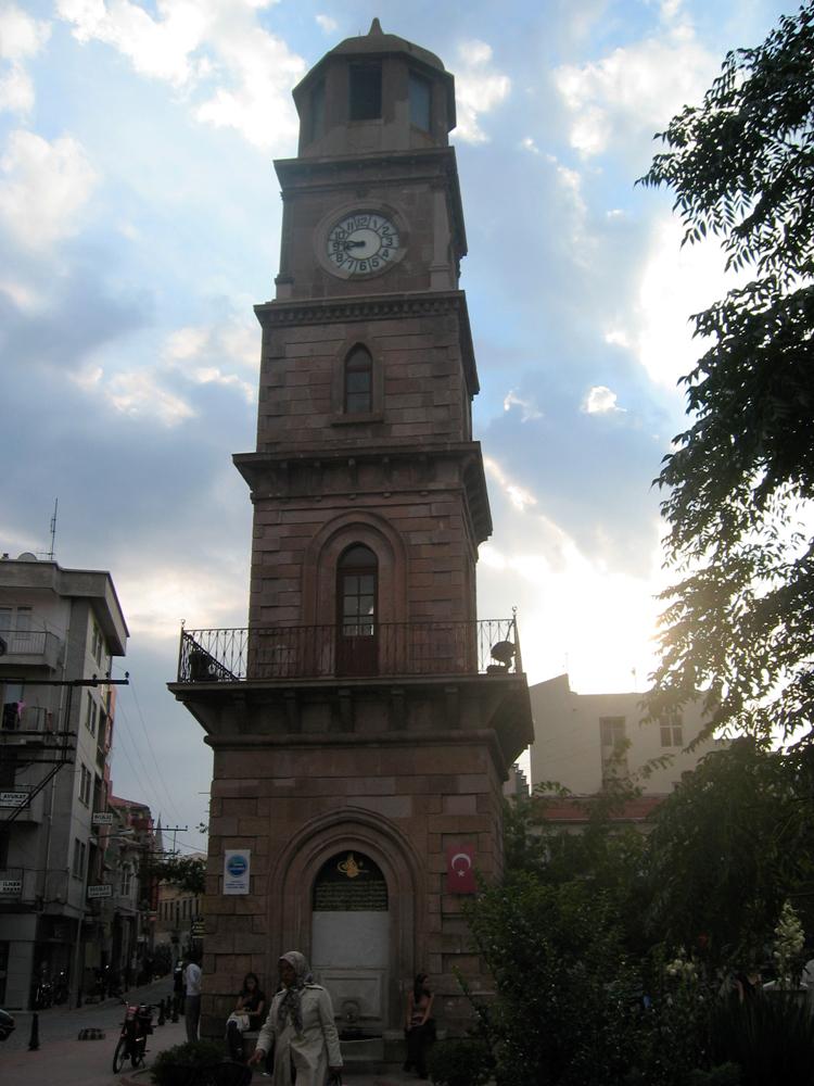 Torre-del-reloj-en-Bursa