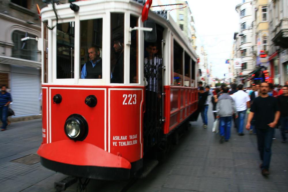 Tranvía-en-Taksim