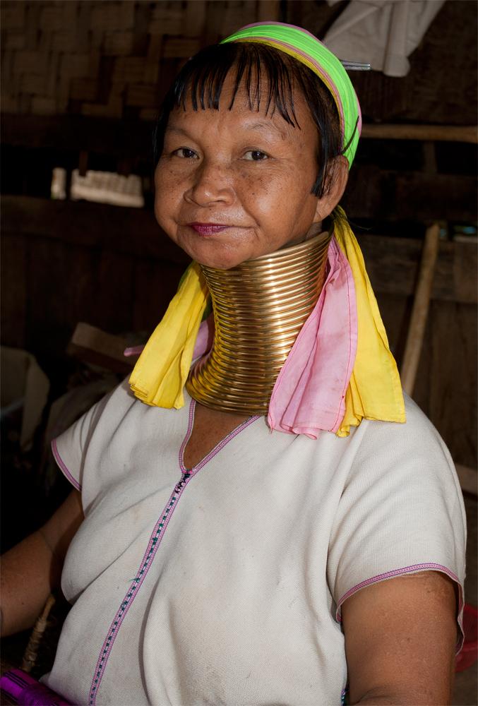 Tribu-Karen-II
