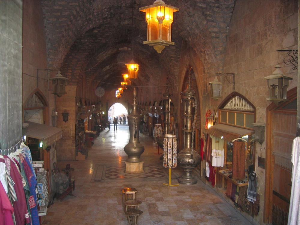Un-bazar-en-Alepo