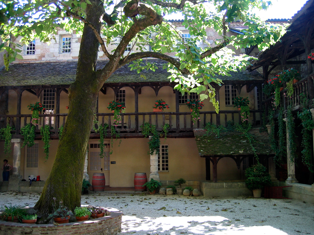 Un-patio-en-Bergerac