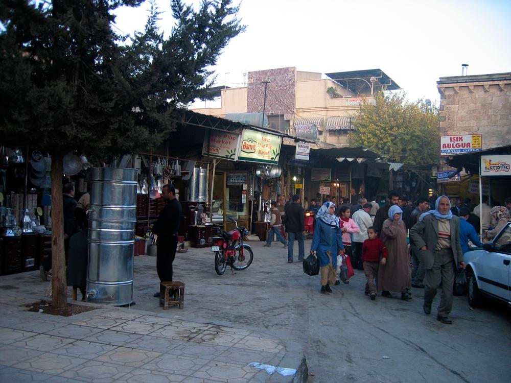 Una-calle-en-Sanliurfa
