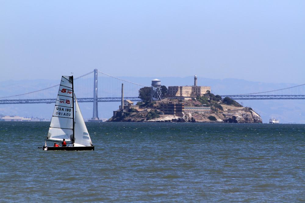 Velero-y-Alcatraz