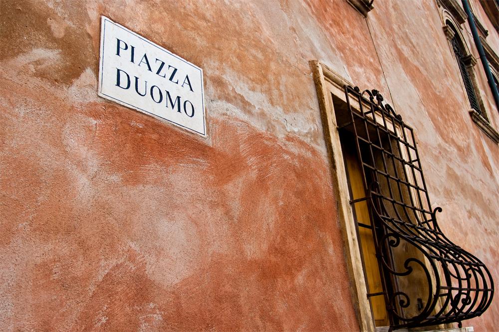 Verona---Piazza-Duomo