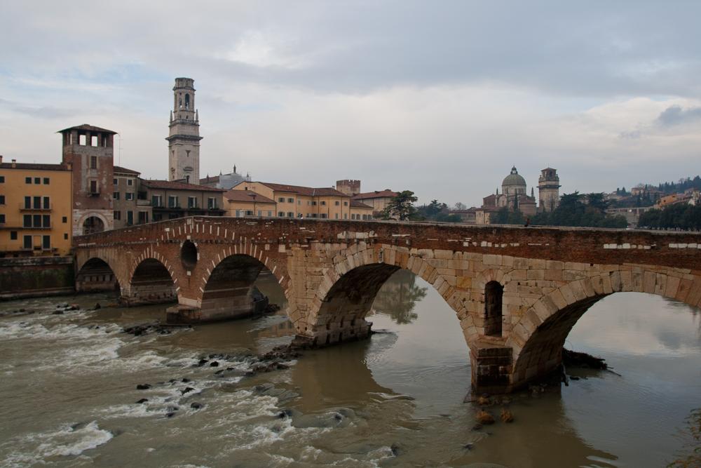 Verona---Ponte-Pietra