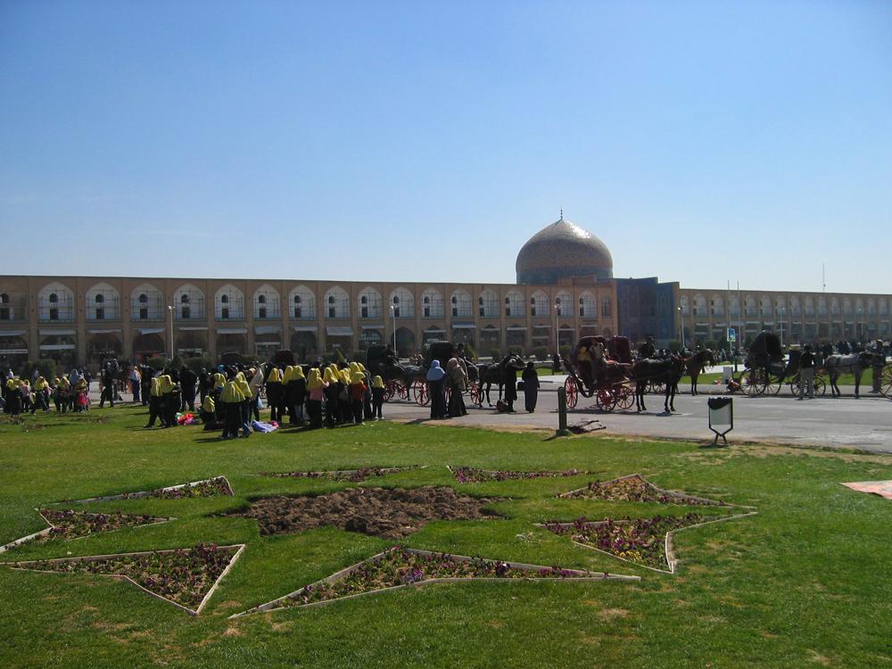 Vista-parcial-de-la-Plaza-del-Imam-II
