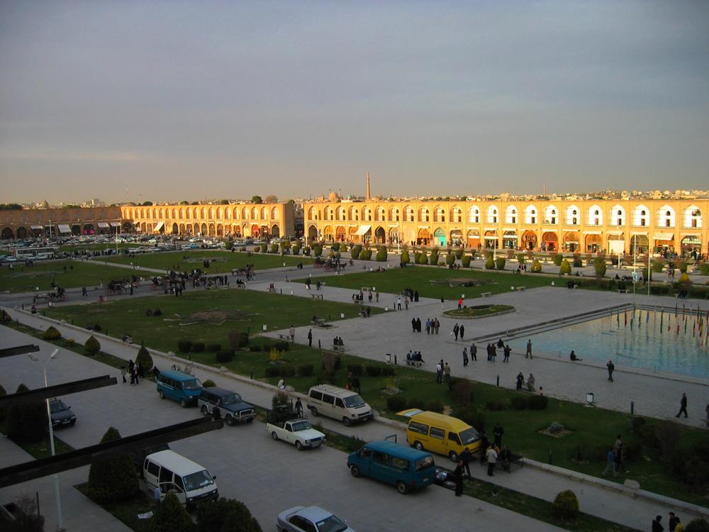 Vista-parcial-de-la-Plaza-del-Imam