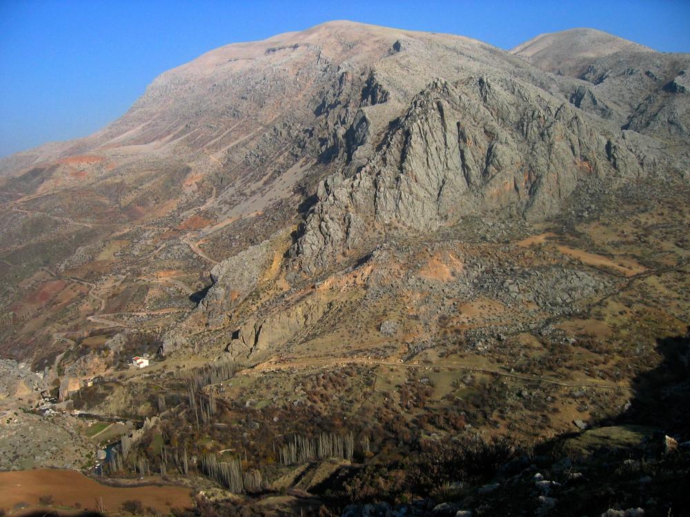 Vistas-desde-el-Castillo-de-Kahta