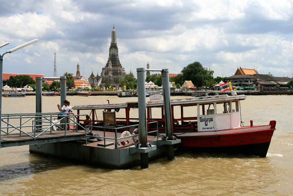 Wat-Arun-desde-el-Río-Chaiya