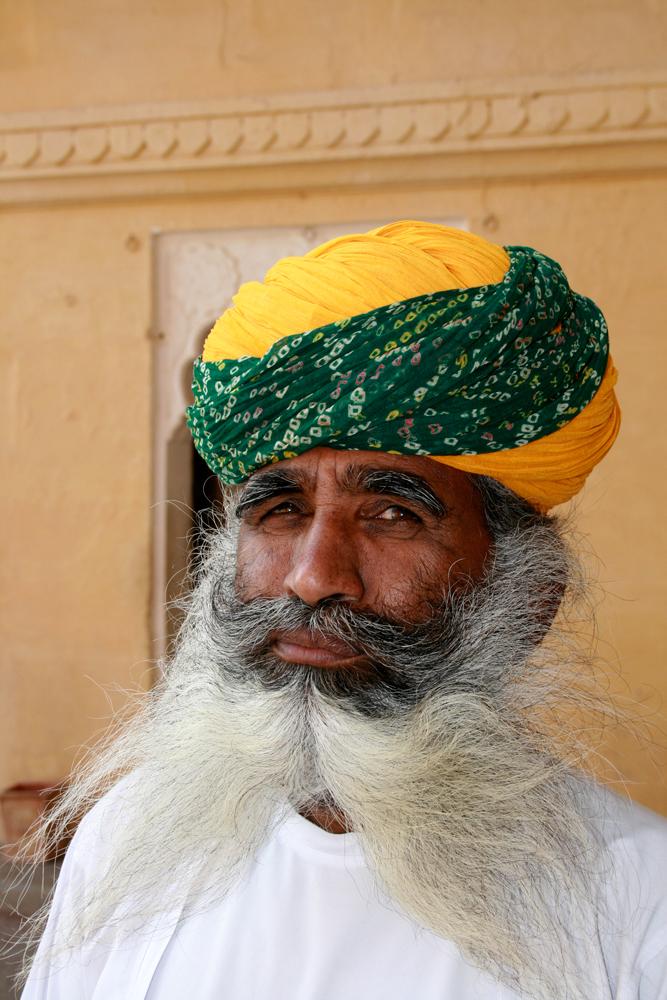 Un-hombre-y-su-barba
