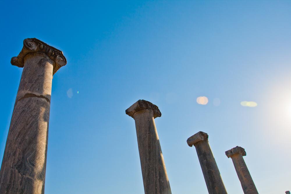 Columnas-jónicas-en-Perge-II