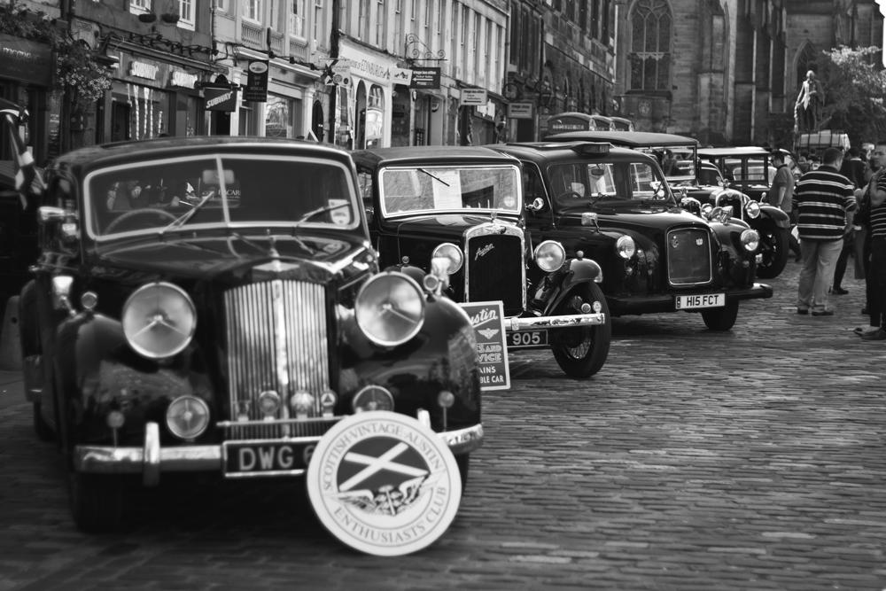 Exposición-de-coches-antiguos