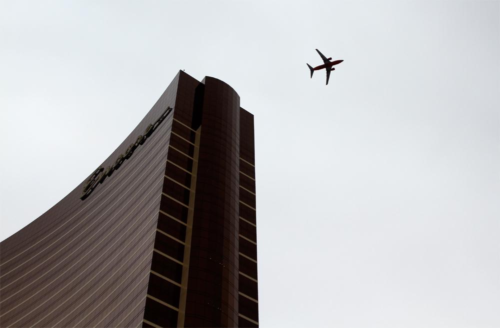 Avión-y-edificio