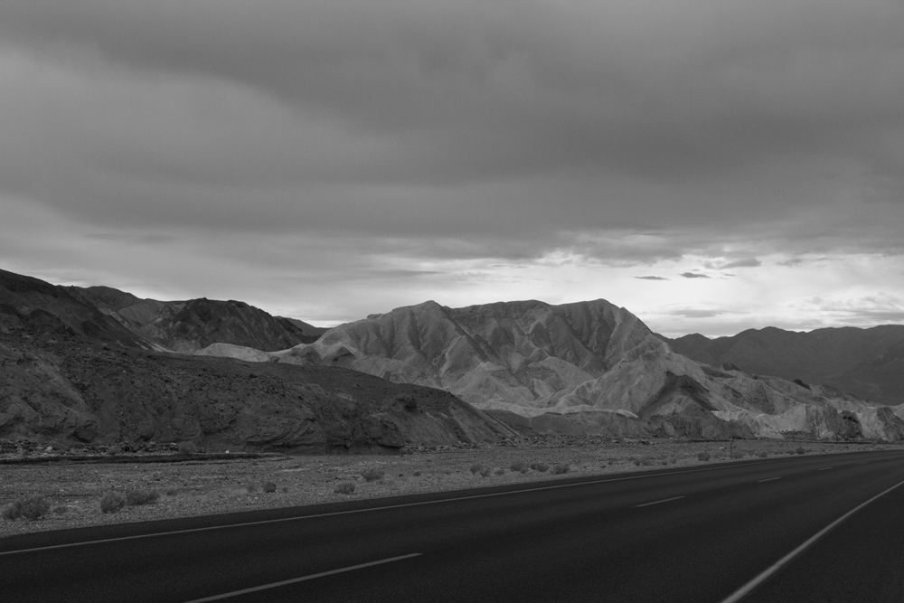 Carretera-en-Death-Valley