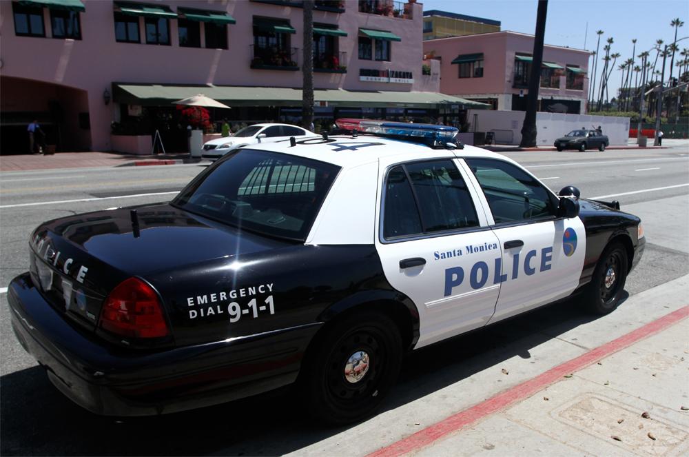 Policia-de-Santa-Monica