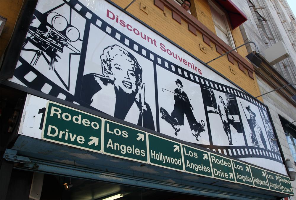 Tienda-para-turistas-en-Hollywood-II