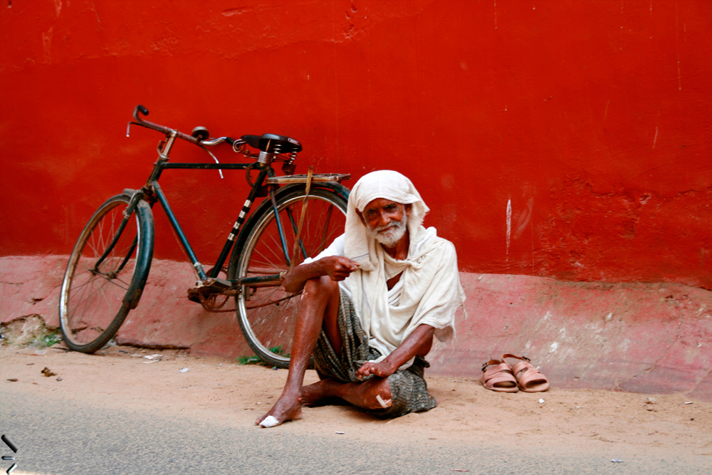 Anciano-con-bicicleta
