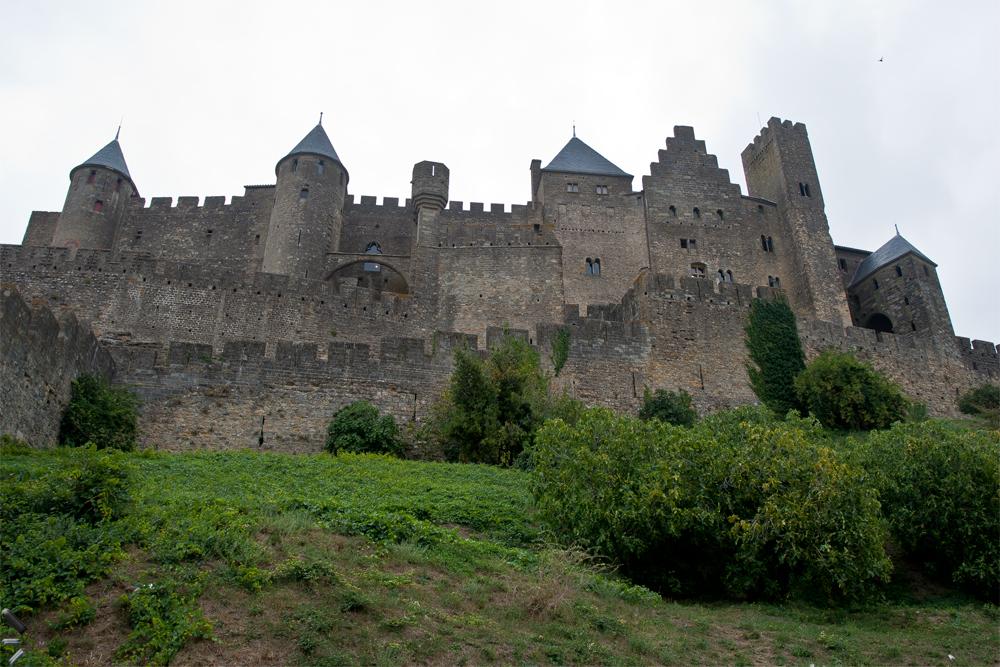 Ciudad-histórica-fortificada-de-Carcasona-(Carcassone)-en-Francia