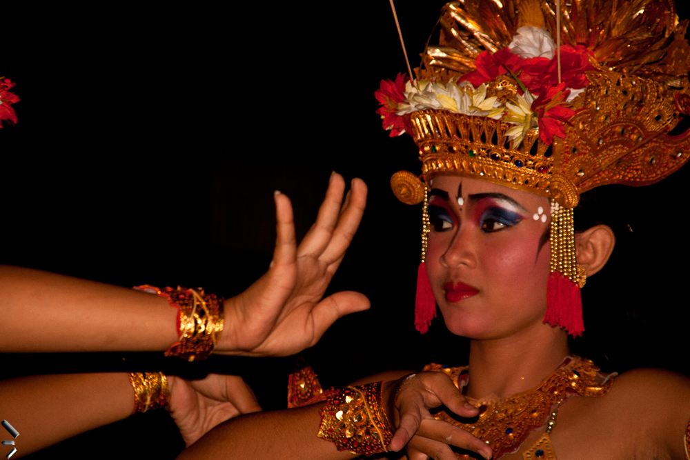 Danza-Kecak-en-Ubud-en-la-Isla-de-Bali