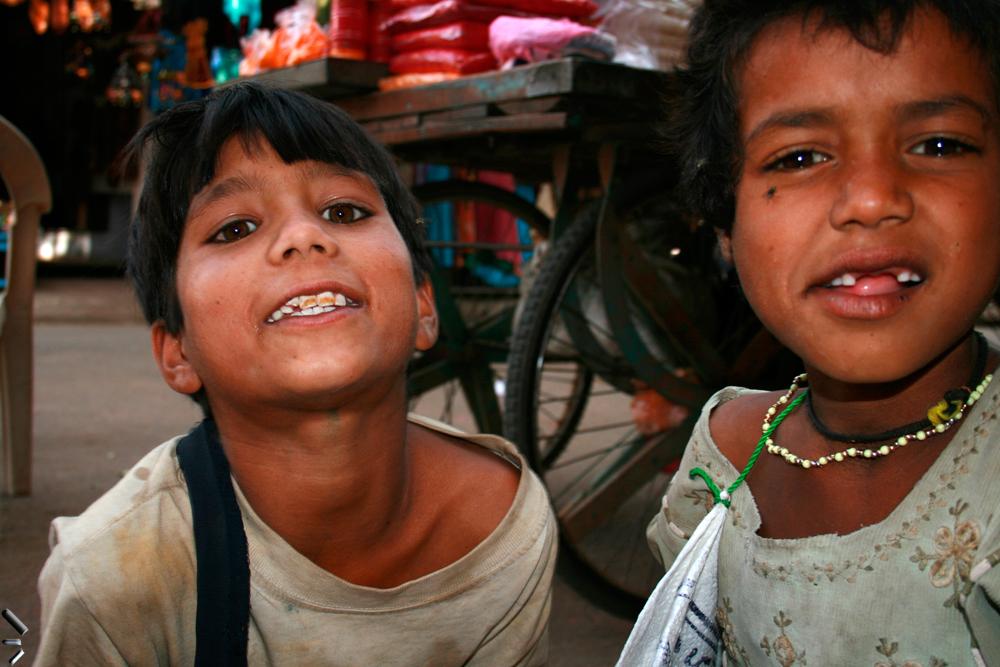 Dos-bromistas-en-India