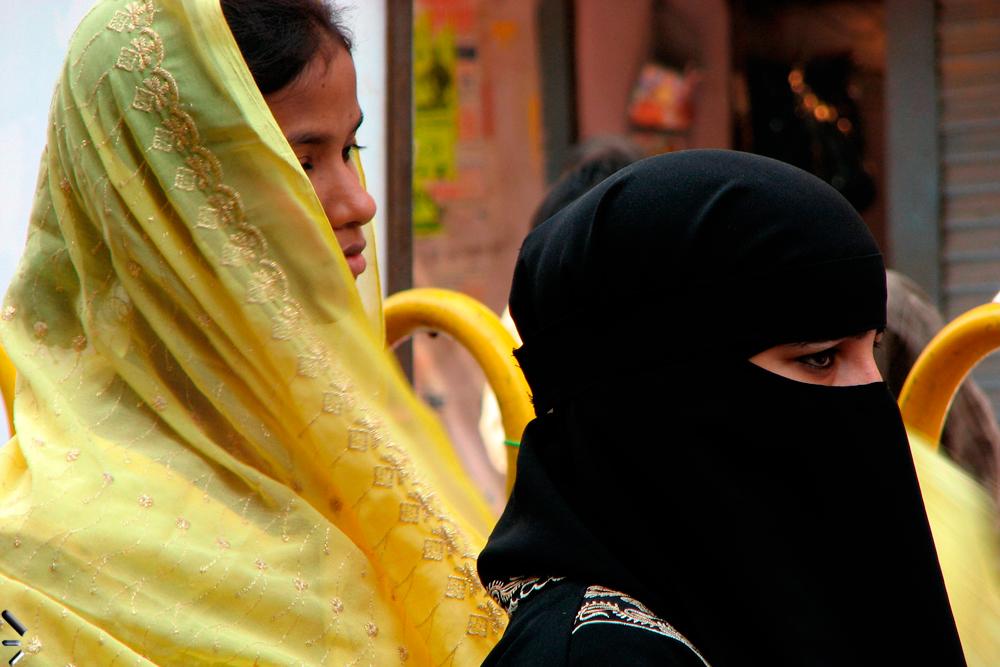 Dos-creencias-de-Varanasi-en-India