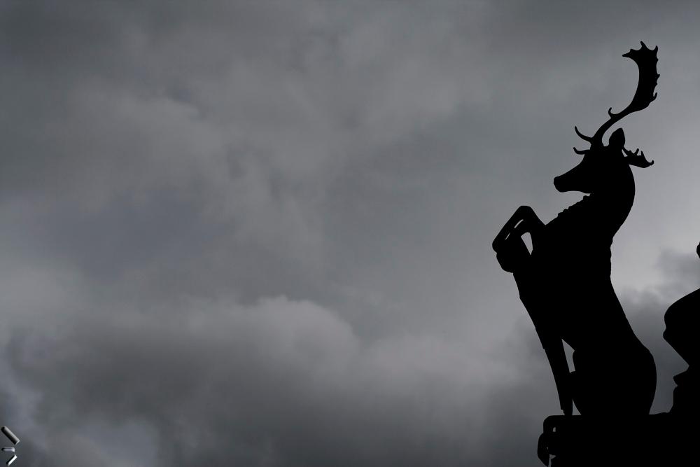 Estatua-de-un-ciervo-en-Edimburgo