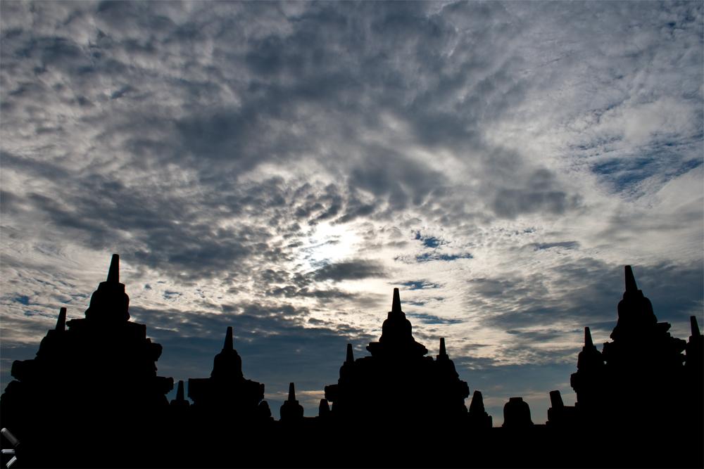 Estupa-budista-de-Borobudur-en-la-isla-de-Java-Indonesia