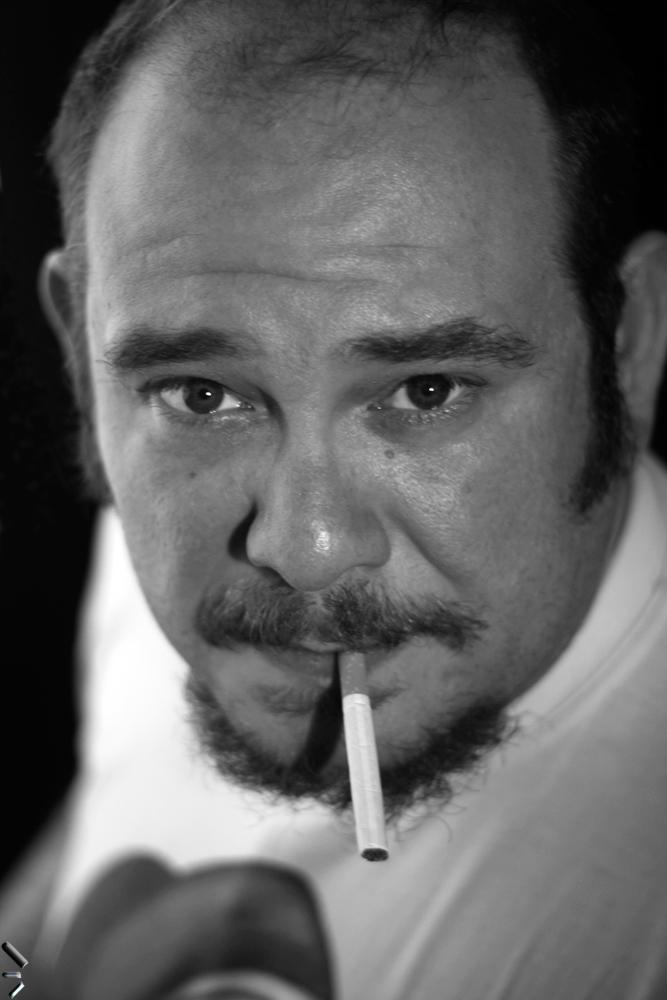 Fumando-un-cigarro