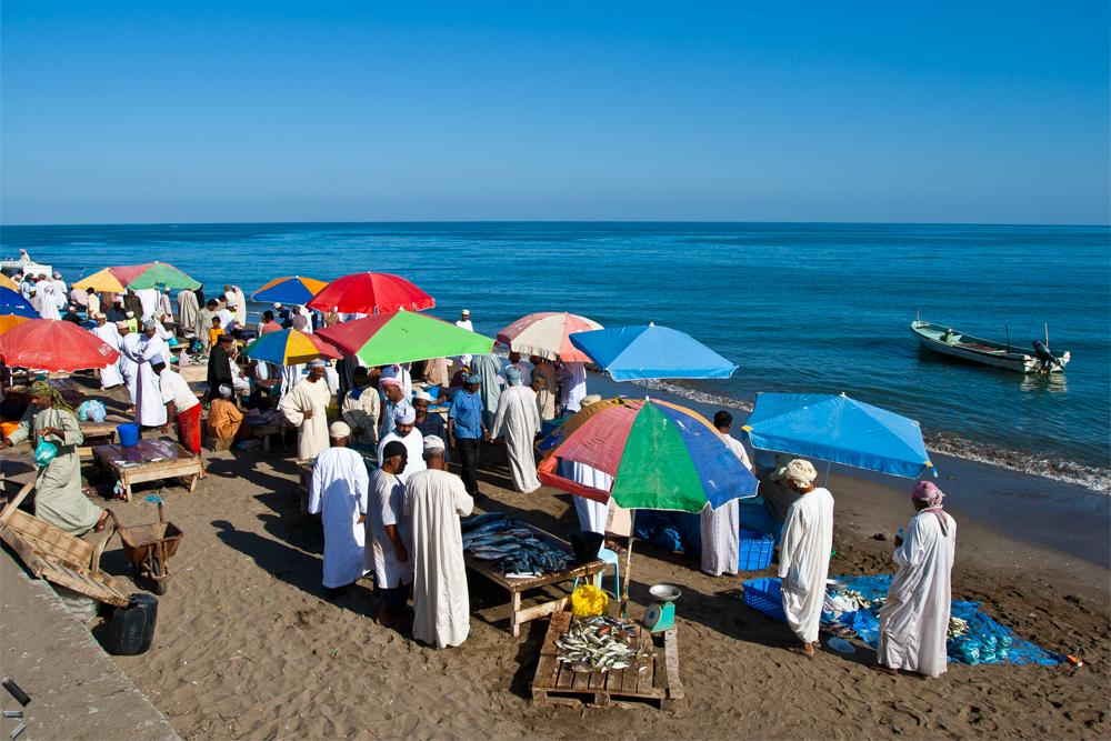 Mercado-de-pescado-de-Barka-en-Oman
